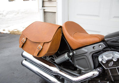 Tan Leather Saddlebags on Indian Scout
