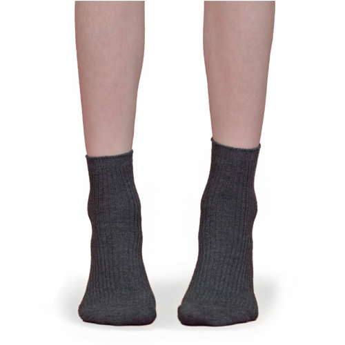 Zubii Thin Ribbed Anklet Sock