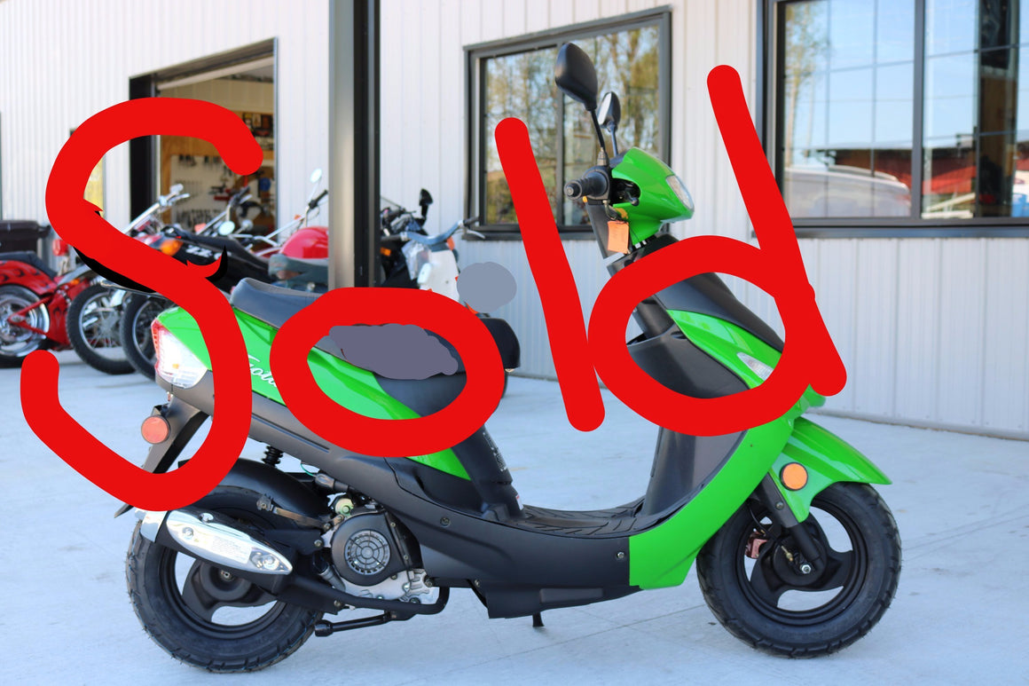 SOLD 2017 Tao Tao Green Machine Moped