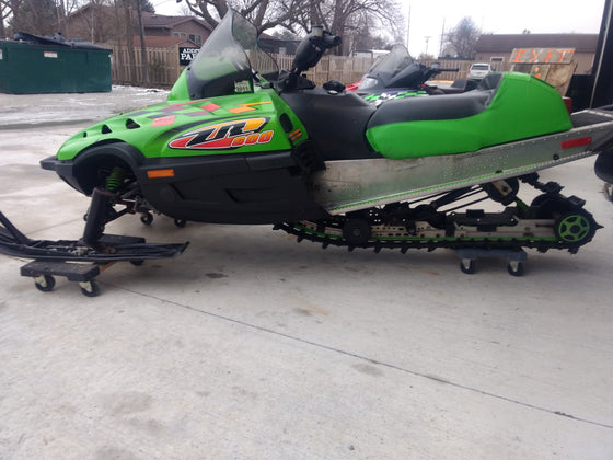 SOLD 1999 Arctic Cat ZR 600