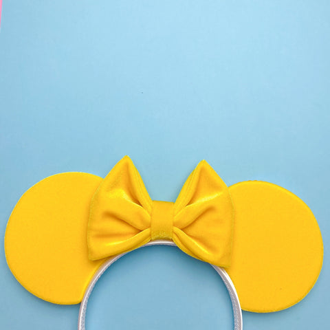 Yellow Velvet Ears