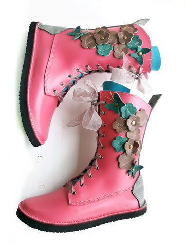 UK 6 TINKER Flutterby Garden Boot #3589