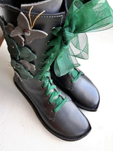 UK 5 FLUTTERBY Boot #3930