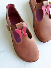 UK 3, TEA BAR Shoe #4022