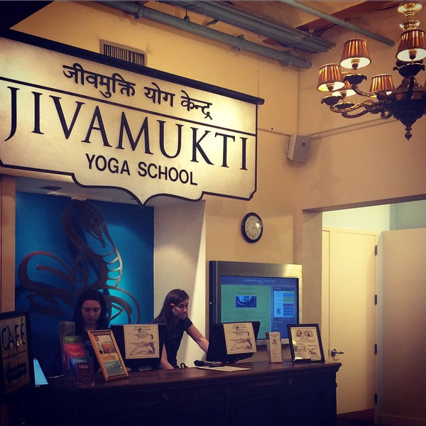 10 Reasons Why We Love Jivamukti Yoga