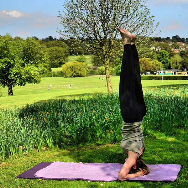 Sirsasana - 10 steps to your first yoga Headstand