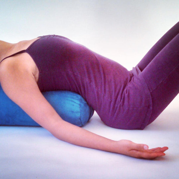 How To Make Your Own Yoga Bolster In 3 Minutes Lotsofyoga