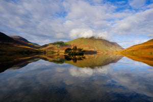 "Crummock Water, Lake District National Park, 22""x18"" (58x48cm) Framed Photography Print"