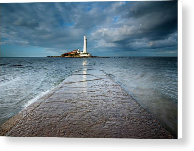 Lighthouse & Causeway, Whitley Bay Canvas Print