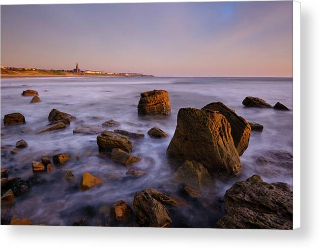 Sharpness Point, Tynemouth Canvas Print