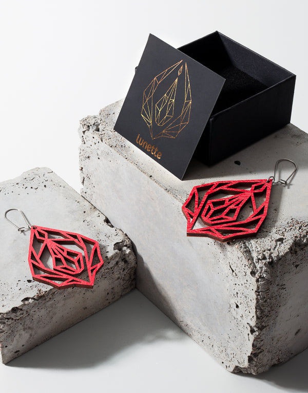 Red Diamond vulva - wooden earrings