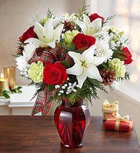 Holiday Tidings Bouquet Showing--$69.99