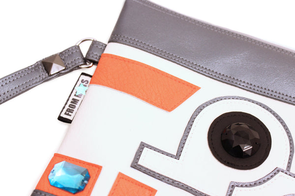The Droid You're Looking For Clutch Bag With Wristlet | Purse | Geek Chic