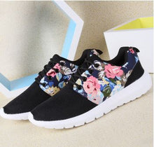 Breathable Flower Printed Sneaker