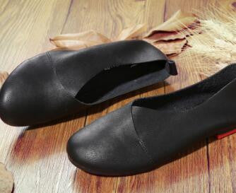 Casual Hand-sewn Leather Loafers