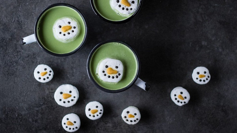 MATCHA WHITE HOT CHOCOLATE | WITH SNOWMAN MARSHMALLOWS
