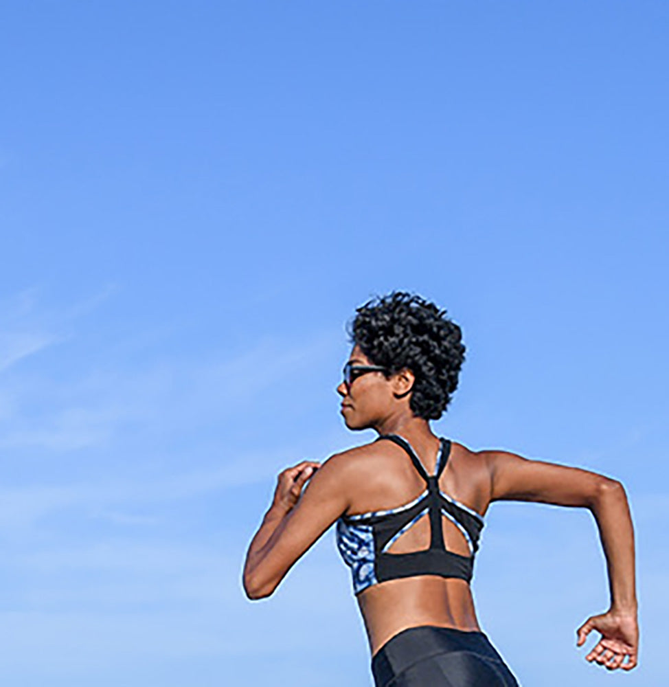 ZIP FRONT CAIRNS CROP // TECHTONIC & BLACK - Nayali - Activewear for A-G Cup