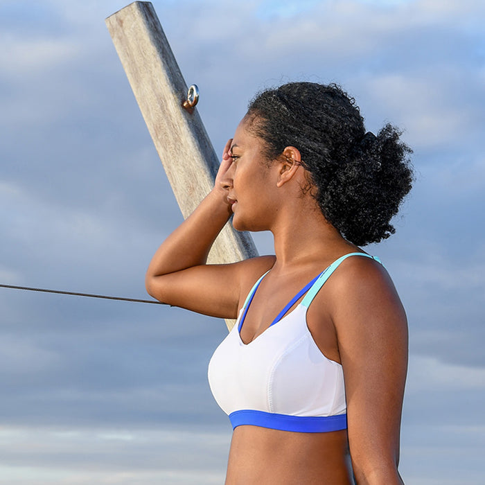 BONDI AQUA BRA // WHITE & INDIGO - Nayali - Activewear for D Cup & Up