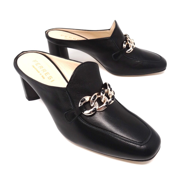 Wide Width Shoes for Women & Plus Size Shoes for Women