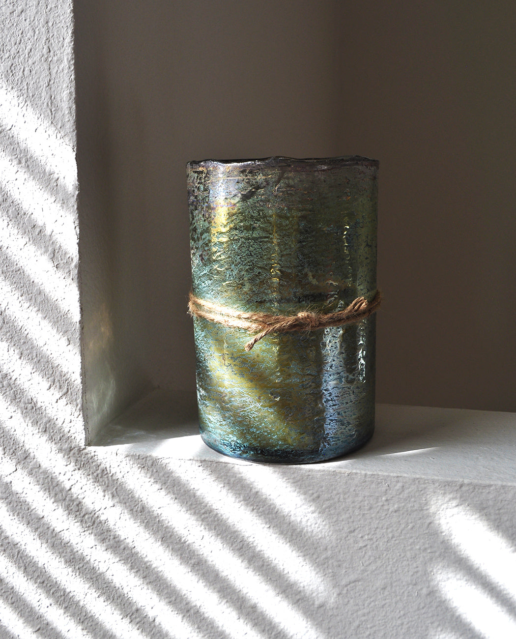 HIMALAYAN TRADING POST MOSS GREEN HURRICANE CANDLE