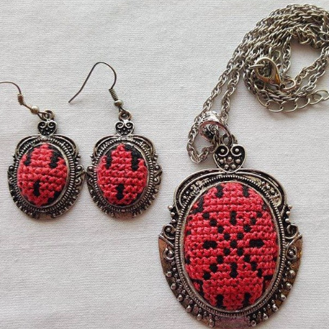 Palestinian Embroidery Necklace and Earrings Set