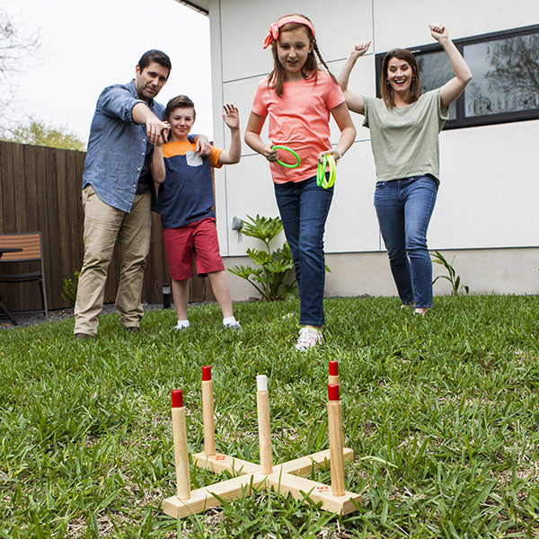 Complete Ring Toss Set with familiy