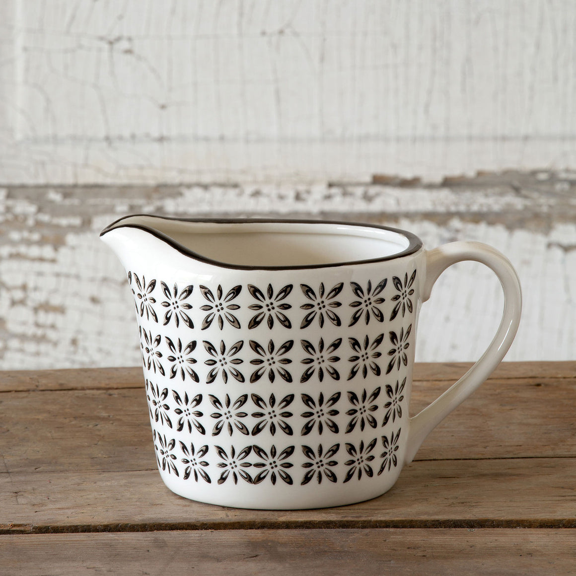 Norden Pattern Measuring Cup
