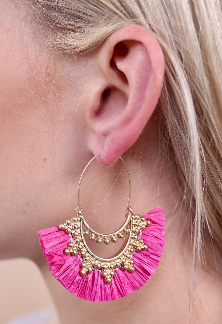 Anston Raffia Fan Threader Earring In Hot Pink