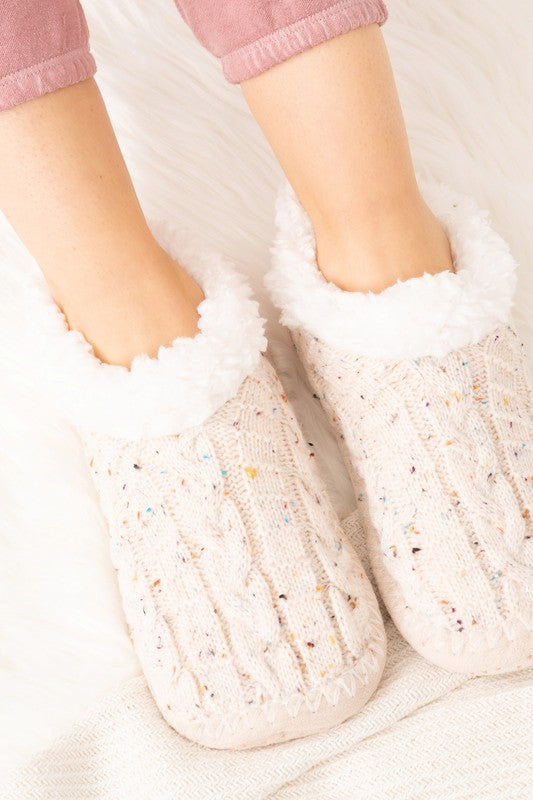 Cable Knitted Slippers in Ivory