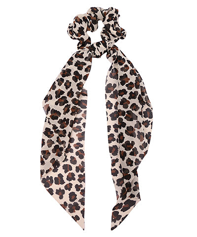 Leopard Print Short Scarf Pony In White