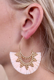 Anston Raffia Fan Threader Earring In Ivory