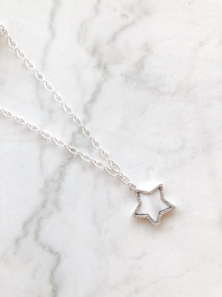 Star Shell Choker In Silver