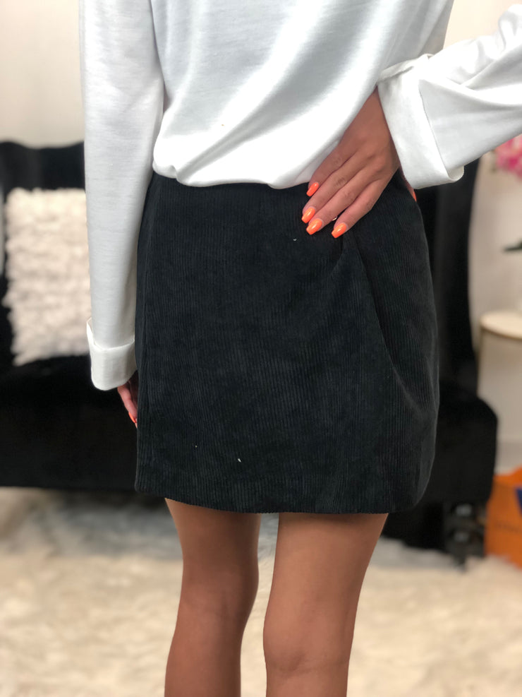 Too Fabulous Skirt In Black