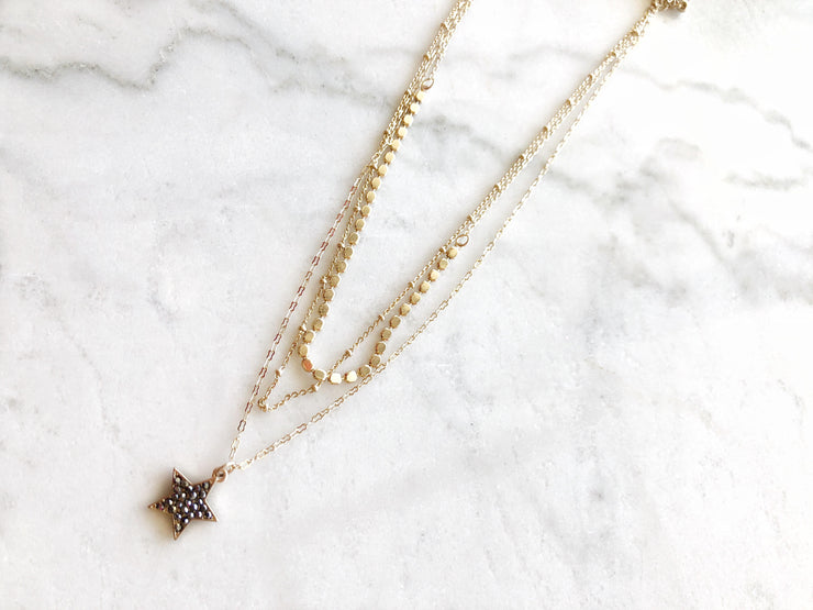 Paved Crystal Star Layered Necklace In Hemate