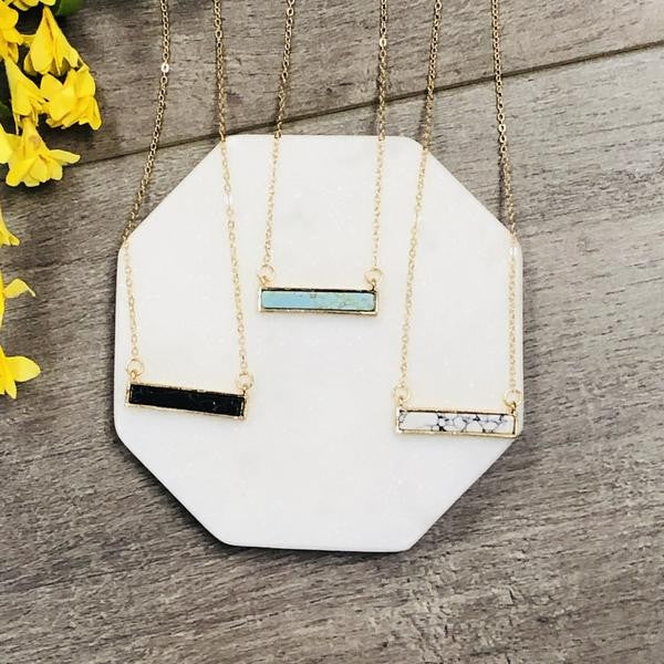 BAR STATEMENT NECKLACE