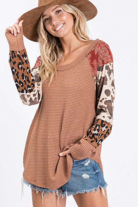 RUST PATTERENED WAFFLE KNIT TOP