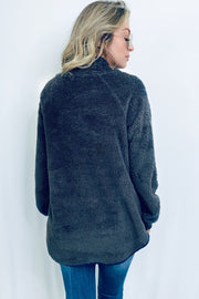 CHARCOAL & NAVY SIDE BUTTON SHERPA PULLOVER