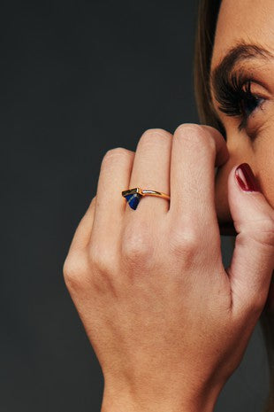 GOLD/BLUE STONE RING