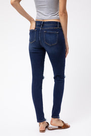 DARK WASH DISTRESSED SUPER SKINNY JEANS