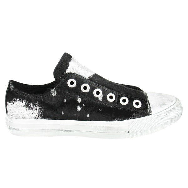 BLACK COWHIDE SNEAKERS