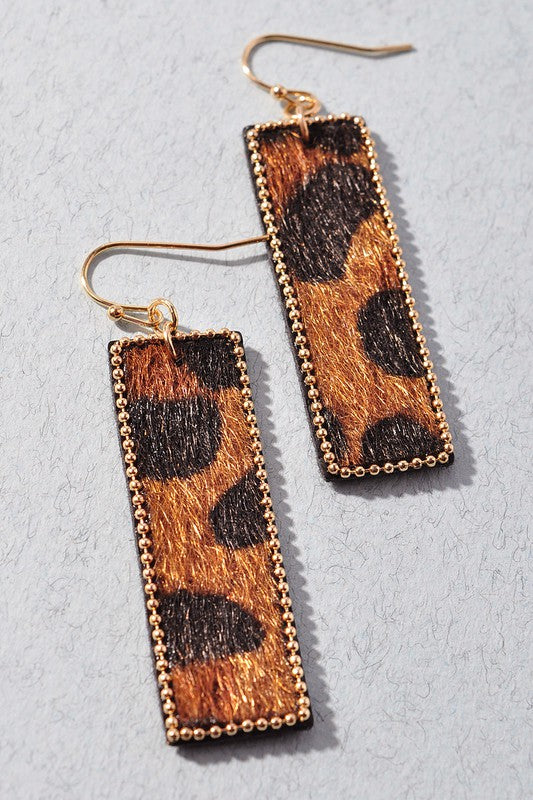 ANIMAL PRINT RECTANGLE EARRINGS