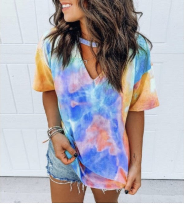 MULTI TIE DYE V NECK TOP