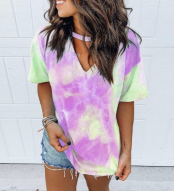 GREEN TIE DYE V NECK TOP