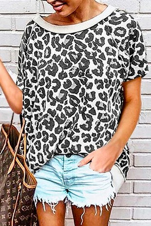TAUPE ROUND NECK LEOPARD TOP