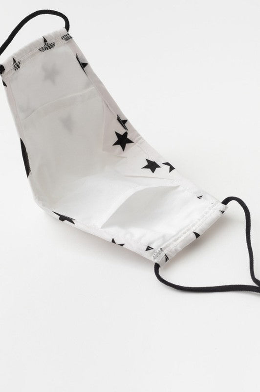 BLACK / WHITE STAR PRINTED FACE MASK