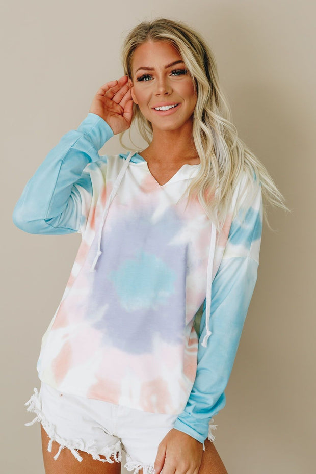SKY BLUE TIE DYE HOODED PULLOVER