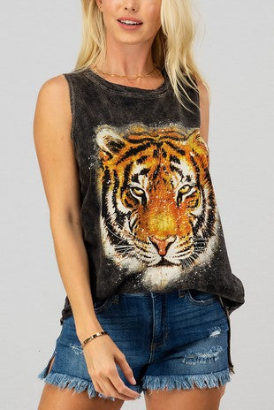 TIGER GRAPHIC SLEEVELESS TOP