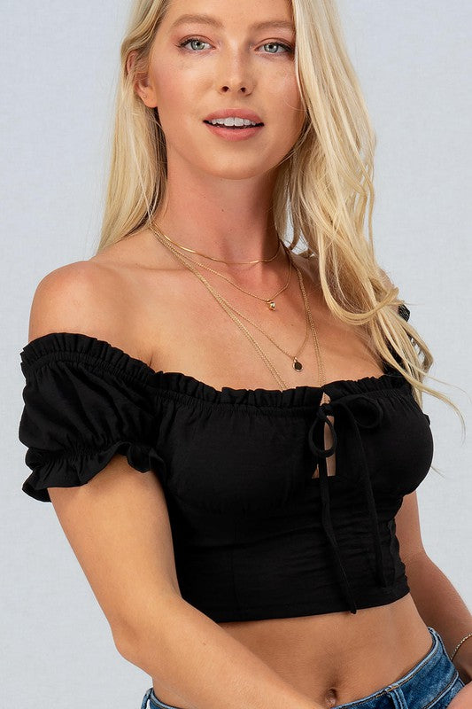 BLACK RUFFLE TRIM PUFF SHOULDER CROP TOP