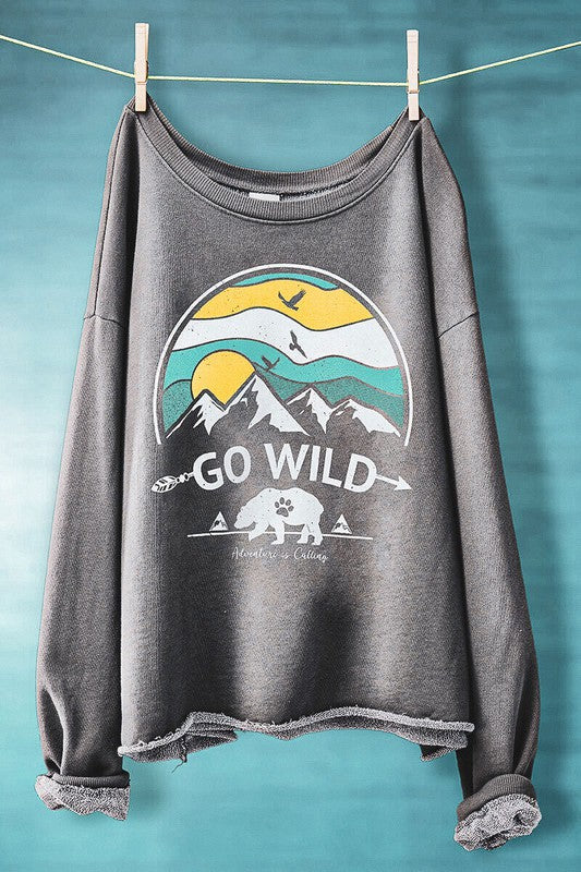 GO WILD GREY MINERAL WASHED CROPPED SWEATSHIRT