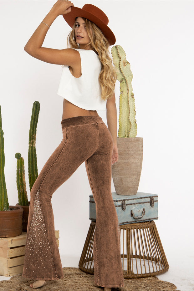 CAMEL MINERAL WASHED CRYSTAL FLARE YOGA PANTS